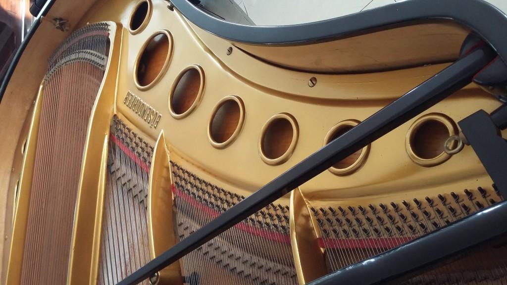 ual Grand Piano Bosfndorfer Rangka