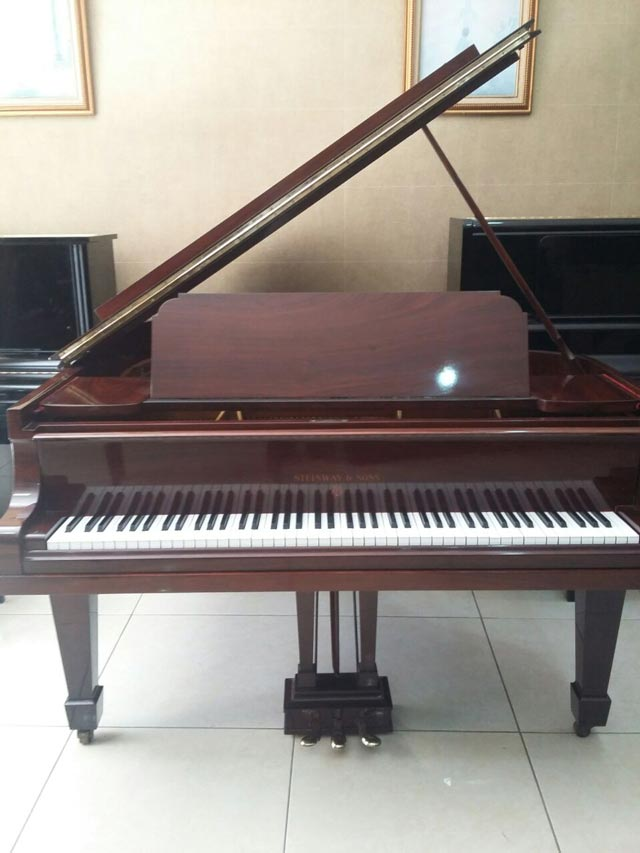 Steinway&Sons-type-O-170cm-1